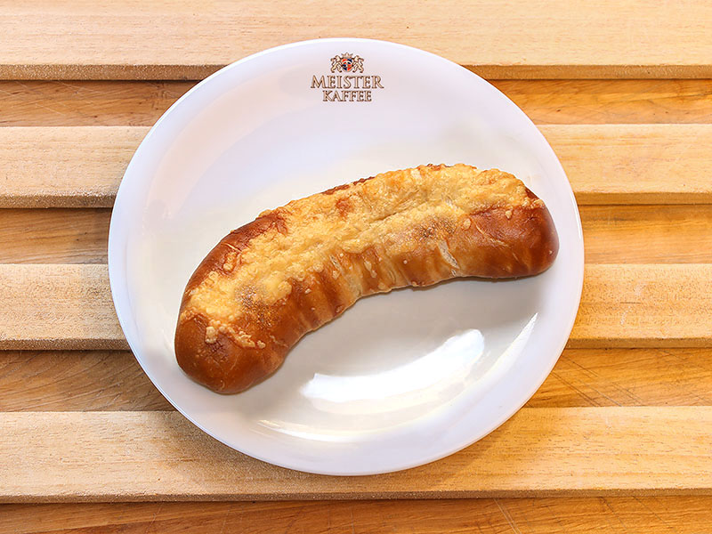 Wienerle mit Käse