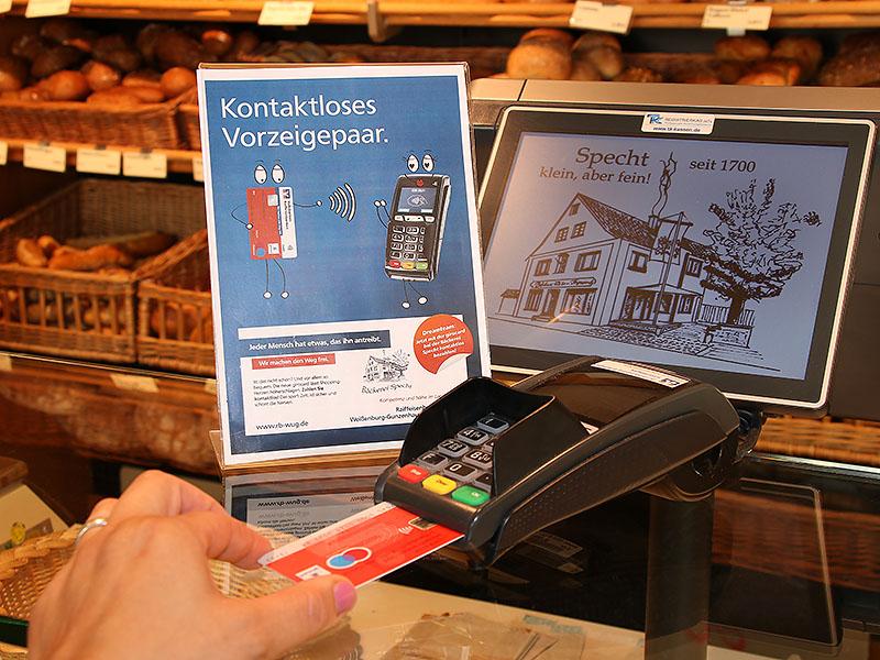 EC-Kartenleser in der Bäckerei Specht